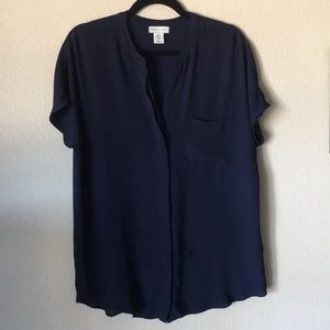 🔥 4/$20 SALE Navy button up Blouse